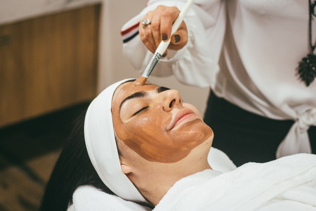 Facial treatment in a dermatological practice